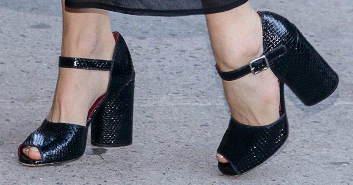 Sienna Miller's feet in block-heeled sandals