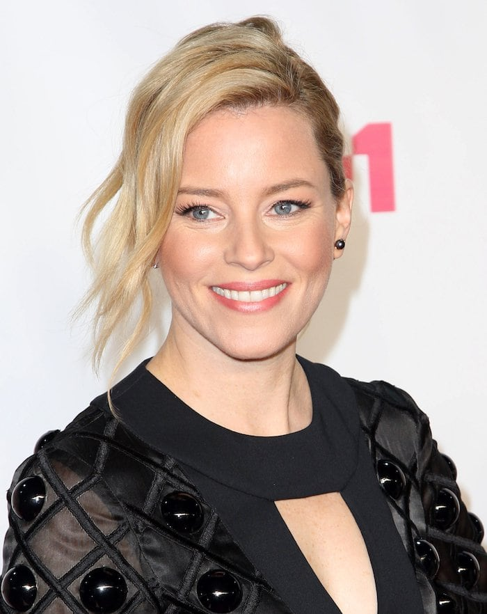 "Elizabeth Banks is on fleek at the ""VH1 Big in 2015 With Entertainment Weekly Awards"" held at the Pacific Design Center in West Hollywood on November 15, 2015"