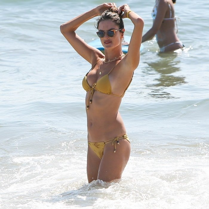 Alessandra Ambrosio has revealed what she eats to keep in shape