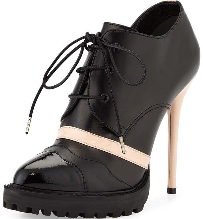 Alexander McQueen Leather High-Heel Lace-Up Bootie in Black/Teint