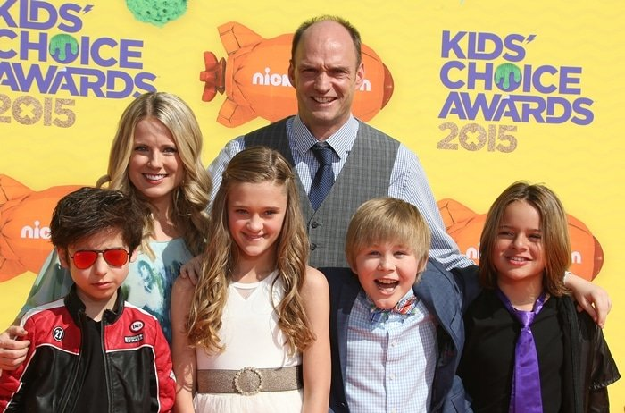 Nicky, Ricky, Dicky & Dawn cast members Aidan Gallagher, Allison Munn, Lizzy Greene, Brian Stepanek, Mace Coronel, and Casey Simpson at the 28th Annual Nickelodeon Kids' Choice Awards