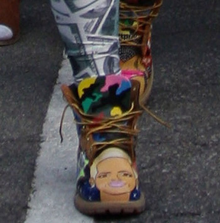 Amber-Rose-painted-boots