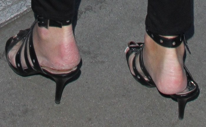 Caitlyn Jenner arriving at LAX shoes