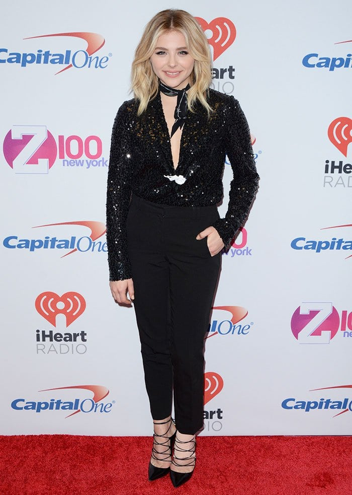 Chloe Grace Moretz wears a Victoria Beckham blazer on the red carpet