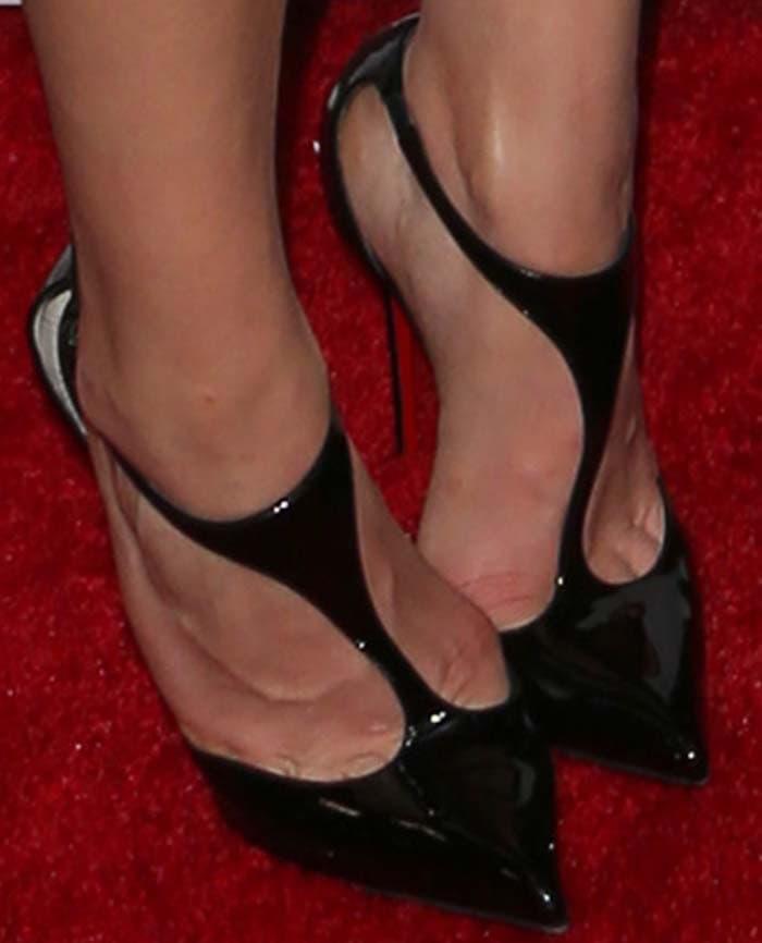 Chloë Grace Moretz's feet in Christian Louboutin pumps