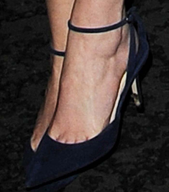 Emma Watson's feet in Paul Andrew pumps