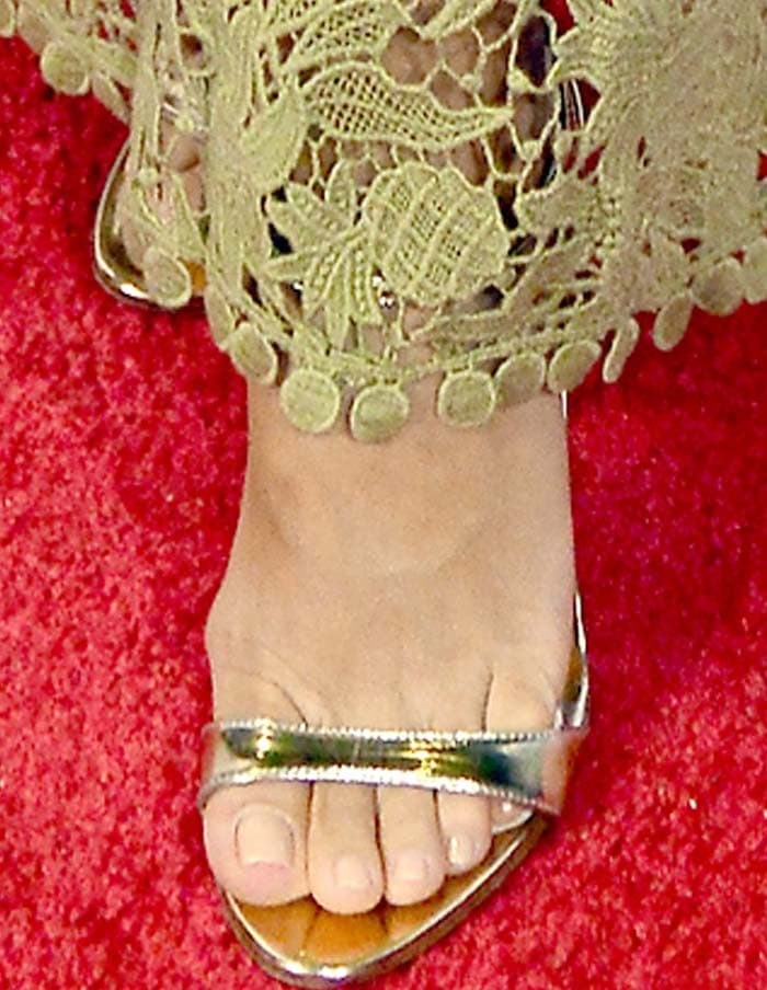 Eva Longoria's feet in Prada sandals