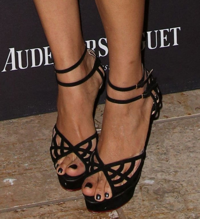 Freida Pinto shows off her sexy toes in Charlotte Olympia sandals