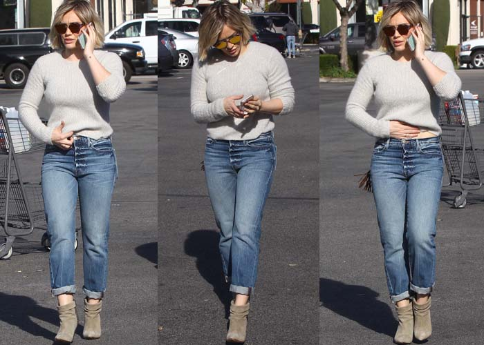 Hilary Duff Christmas Grocery Laurence Decade 2