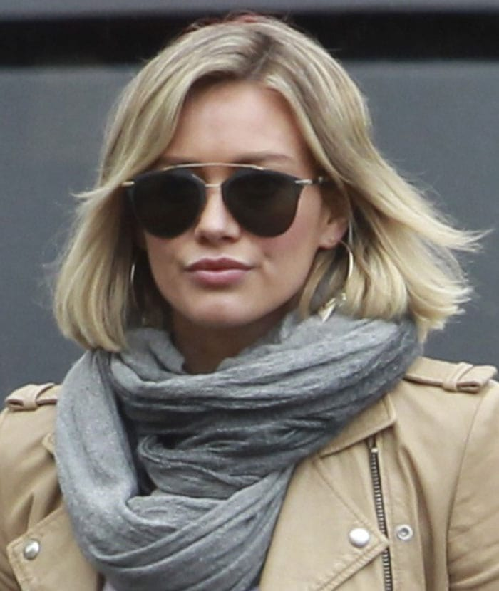 Hilary Duff shows off her new short hair whileshopping for groceries withher son Luca at Ralphs