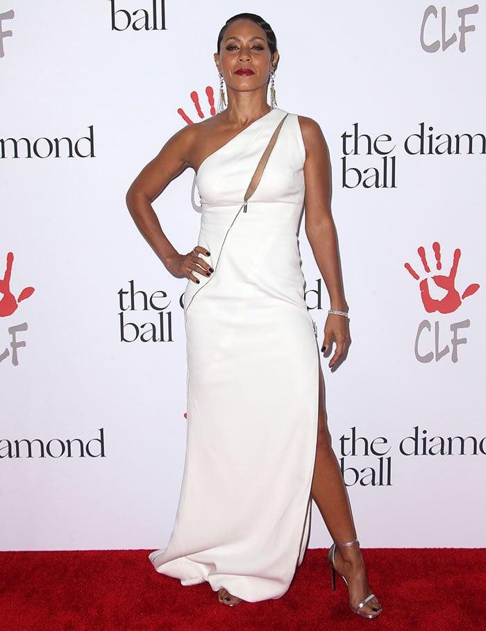 Jada Pinkett Smith poses in a white Zuhair Murad dress