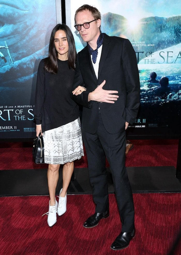 """Jennifer Connelly and husband Paul Bettany make a rare appearance together on the red carpet at the """"In the Heart of the Sea"""""""
