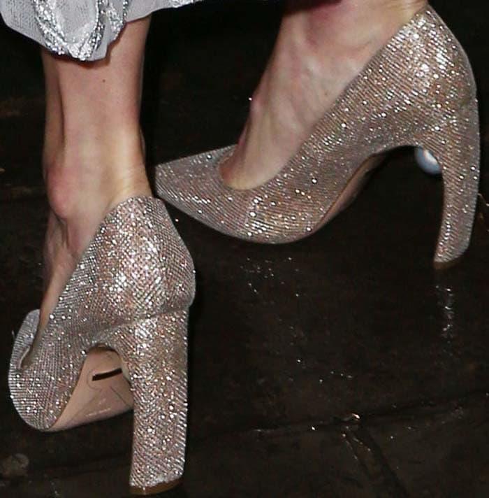 Kate Bosworth's feet in Nicholas Kirkwood pumps