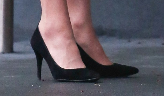 Kate Middleton anna freud center shoes
