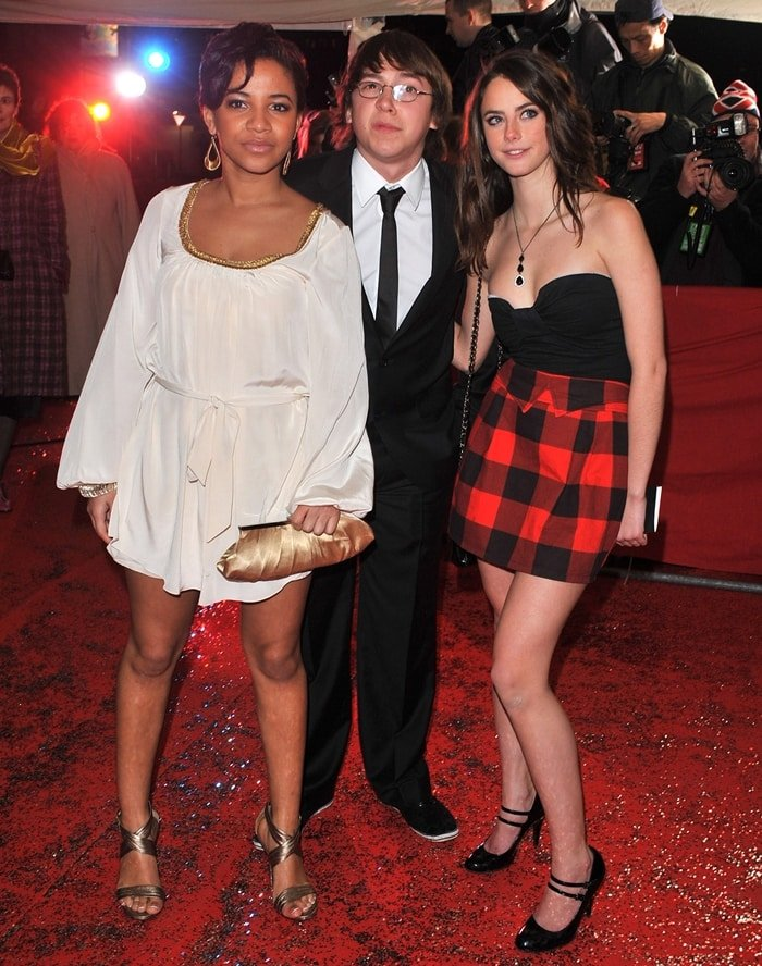 Kaya Scodelario with her Skins co-stars Larissa Wilson and Mike Bailey at the British Comedy Awards