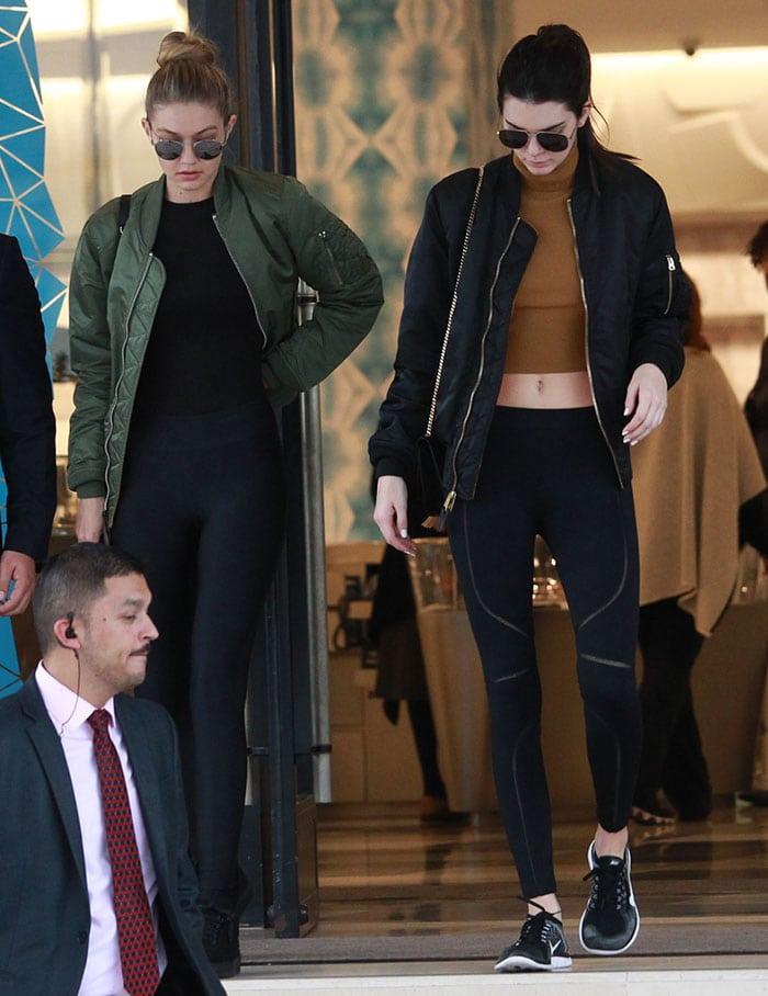 Kendall-Jenner-Gigi-Hadid-Beverly-Hills-shopping