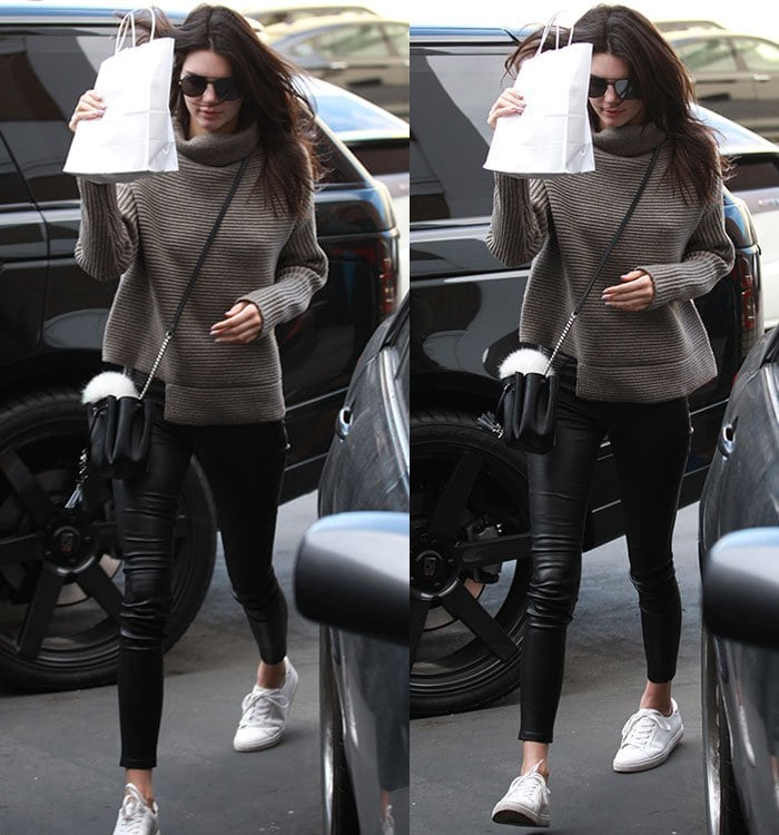 Kendall-Jenner-turtleneck-sweater-leather-pants