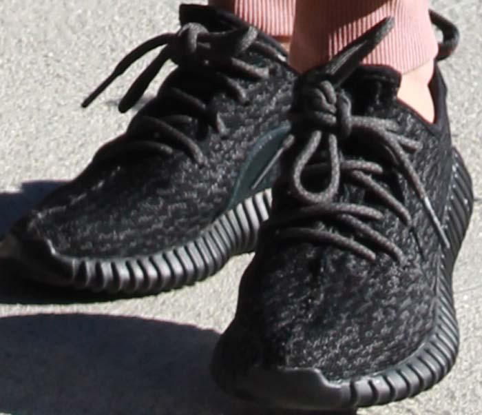"Kourtney Kardashian rocksYeezy ""Boost 350"" shoes in pirate black"