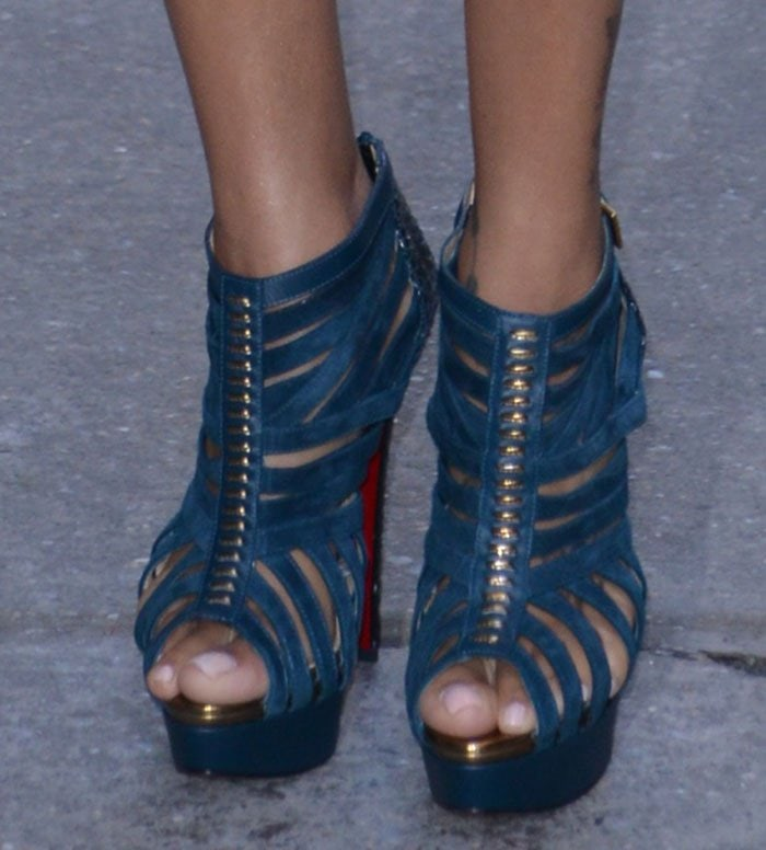 "La La Anthony displays her sexy toes in ""Karina"" booties"