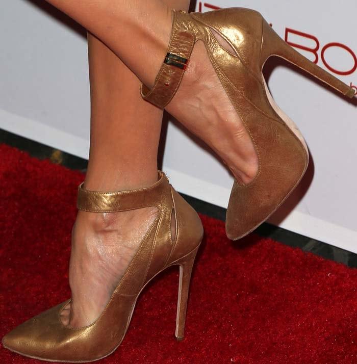 Nina Dobrev's feet in Elie Saab heels