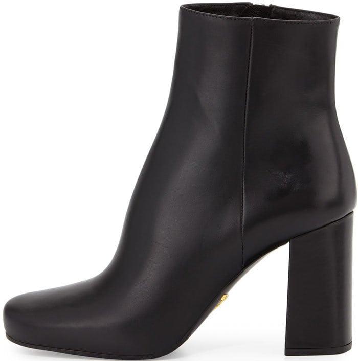 Prada Vitello Leather Ankle Boot in Black (Nero)