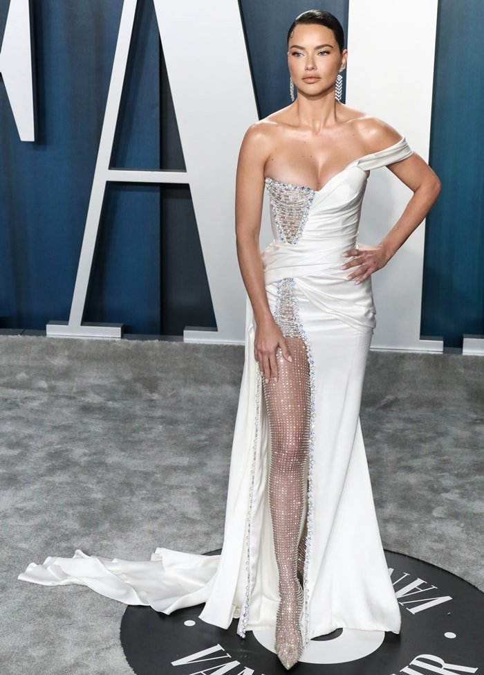 Religious supermodel Adriana Lima in a Ralph & Russo Spring 2020 Couture look the 2020 Vanity Fair Oscar Party