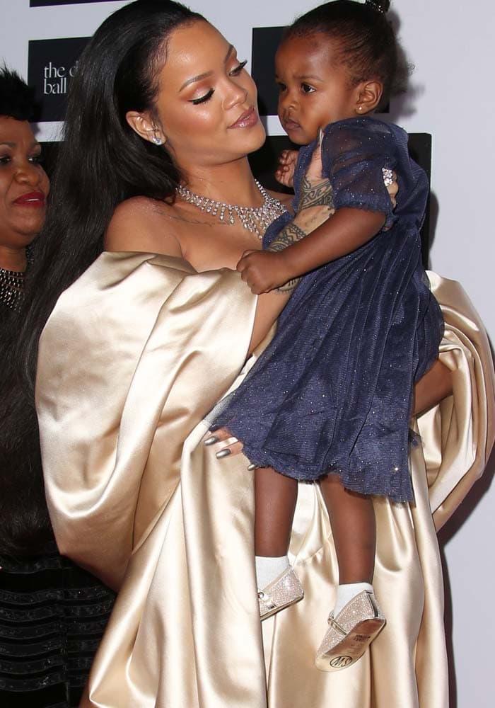 Rihanna Diamond Ball Christian Dior 4