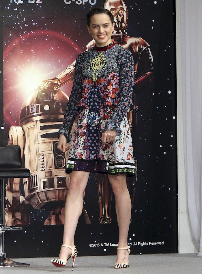 Daisy Ridley in a gorgeous Mary Katrantzou creation paired with Christian Louboutin Last Empress sandals