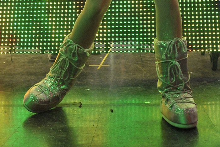 Miley Cyrus's feet in glittery Moon Boots