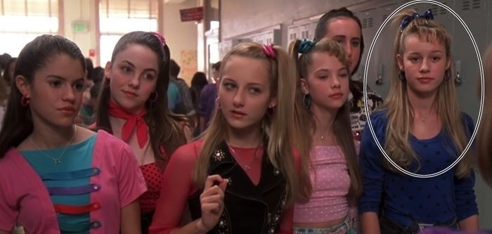 Brie Larson (R) had a minor role as a mean girl in 13 Going on 30