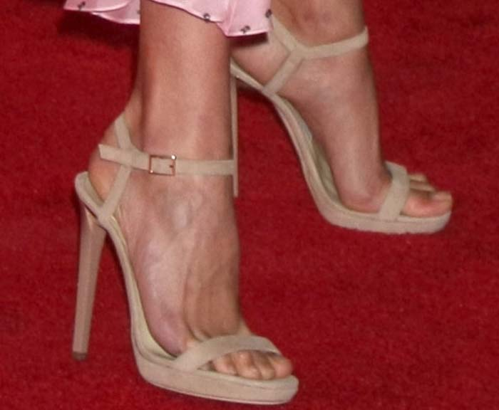 Alicia Vikander's feet in Jimmy Choo heels