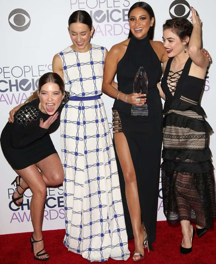 Ashley Benson, Troian Bellisario, Shay Mitchell, and Lucy Hale pose for photos at the People's Choice Awards