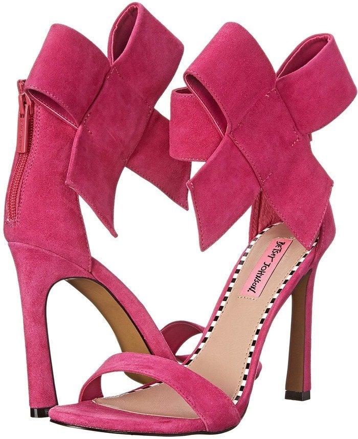 Betsey Johnson Friskyy Sandal Pink