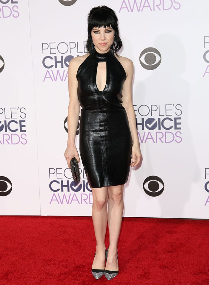Carly-Rae-Jepsen-People's-Choice-Awards-2016