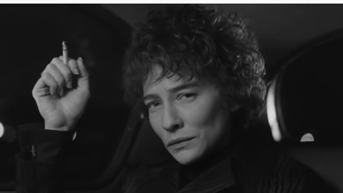 Cate Blanchett as Jude Quinn, an embodiment of Bob Dylan in 1965–66, in I'm Not There