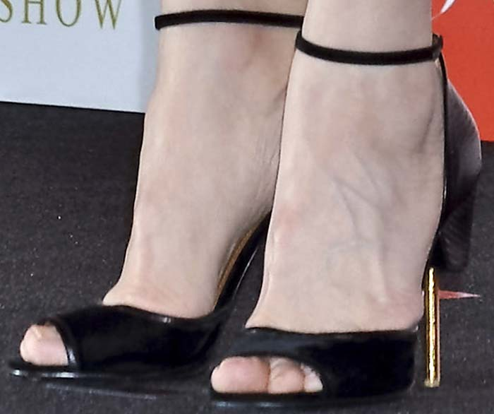Cate Blanchett's feet in pin-heeled Givenchy shoes