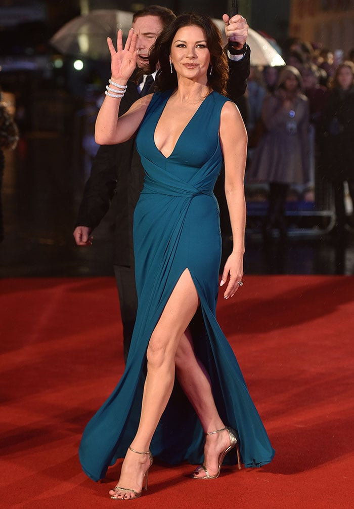 Catherine-Zeta-Jones-cleavage-legs-teal-plunging-gown