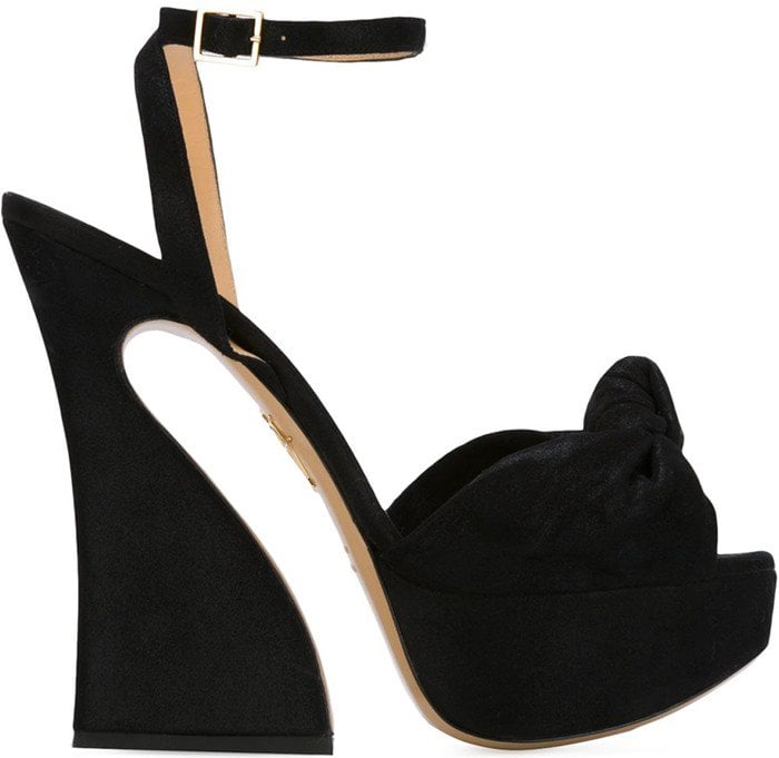 These platform sandals are named after fashion editor Diana Vreeland