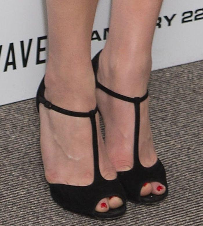Chloe Moretz's feet in Casadei t-strap sandals