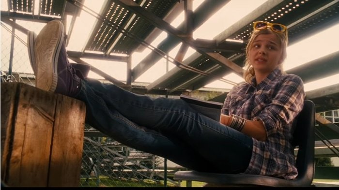 Chloë Grace Moretz as reporter Angie Steadman in Diary of a Wimpy Kid