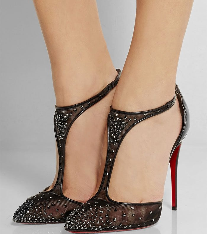 These red sole shoes are crafted from glossy patent-leather and fine mesh that's sprinkled with hematite crystals