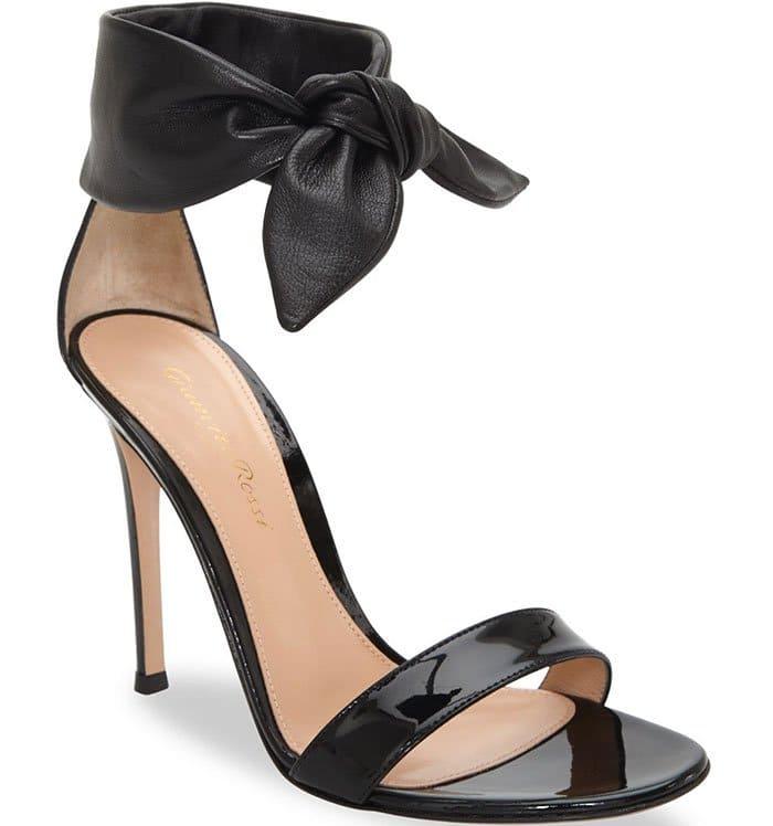 Gianvito Rossi Bandana Black Leather Sandals