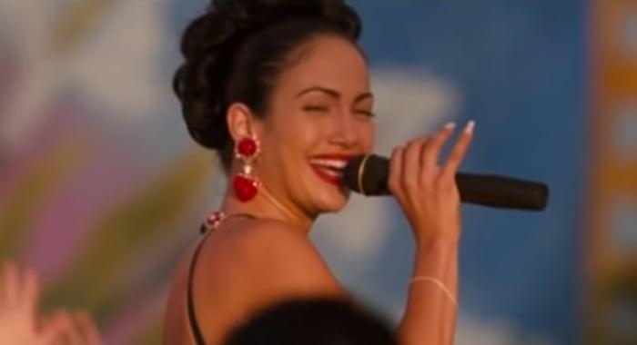 Jennifer Lopez didn't really sing in Selena