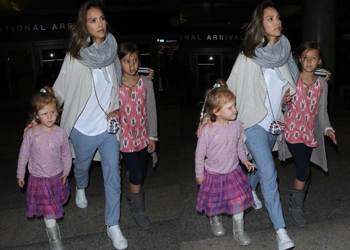 Jessica Alba and her daughters arrive at Los Angeles International Airport