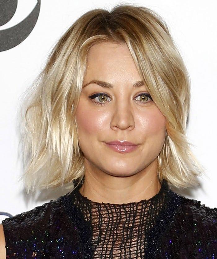 Kaley-Cuoco-hair-makeup