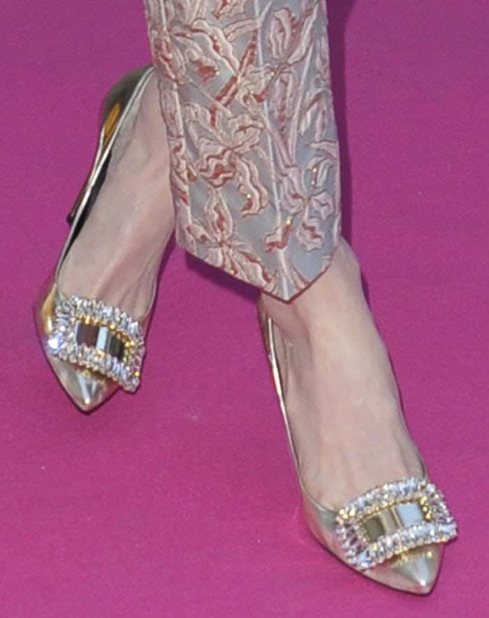 Kate-Bosworth-Roger-Vivier-metallic-pumps