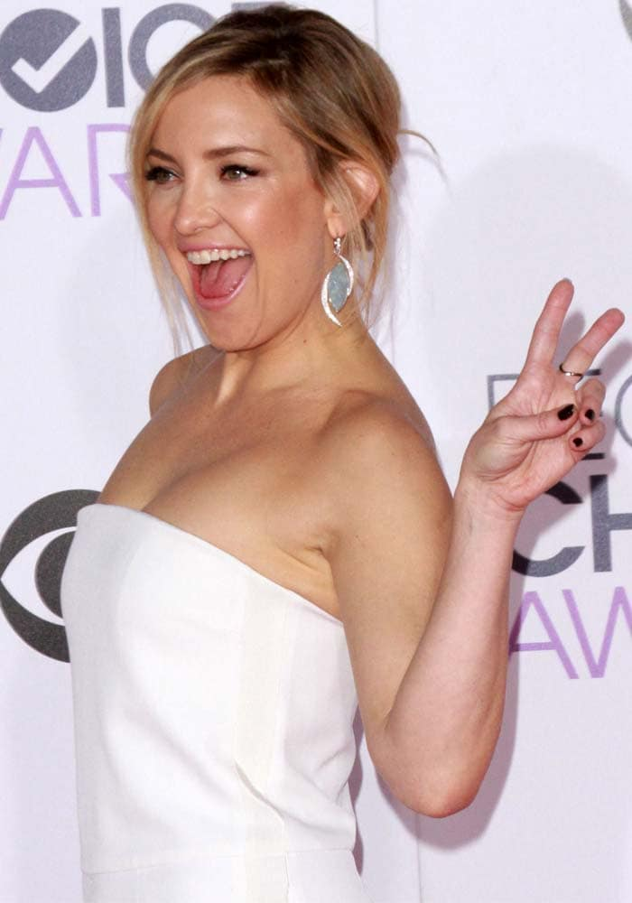 Kate Hudson Peoples Choice Brian Atwood 3