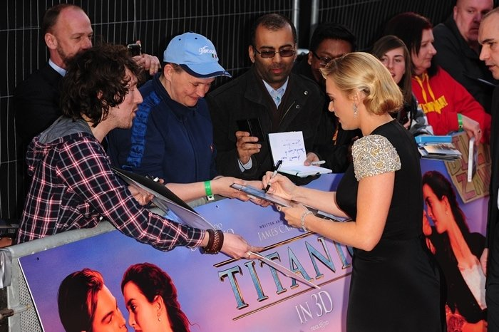 Kate Winslet meets fans at the world premiere of 'Titanic 3D'