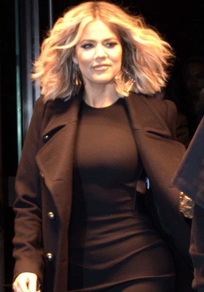 Khloe Kardashian New York Book Alaia 1