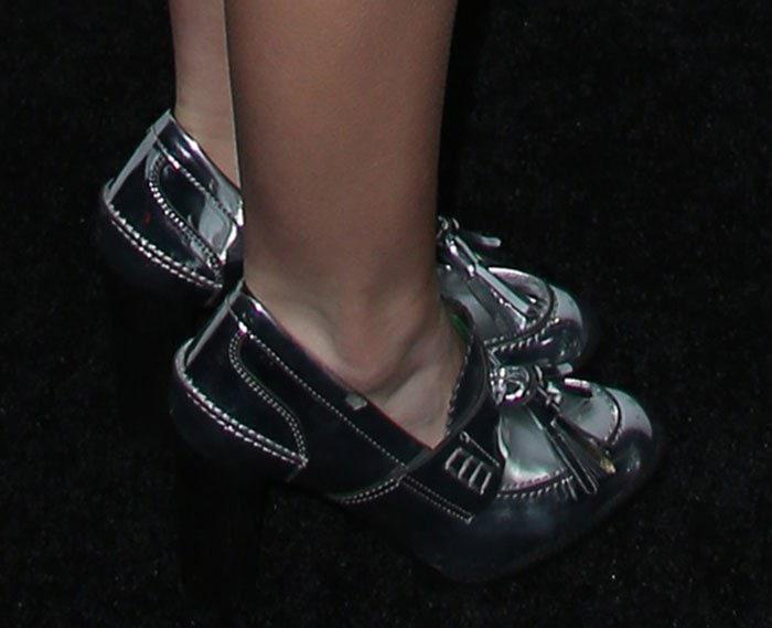"""Kiernan Shipka's feet in """"Hackney"""" loafers"""
